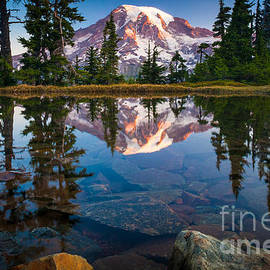 Inge Johnsson - Mount Rainier Tarn