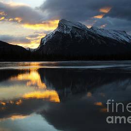 Bob Christopher - Mount Rundle Banff Canada 4
