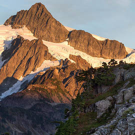 Michael Russell - Mount Shuksan at Artist Point