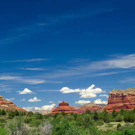 Ed  Cheremet - Mountains in Sedona