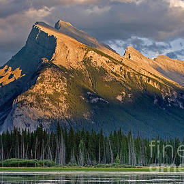 Jerry Fornarotto - Mt. Rundle Grandeur