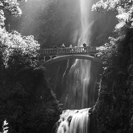 Pierre Leclerc Photography - Multnomah Falls Oregon