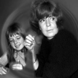 Colette V Hera  Guggenheim  - Mum Chris With  Daughter Colette1966