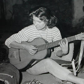 Colette V Hera  Guggenheim  - My Beloved Mum Chris on World Travels in the Fifties with Guitar Gitana and Pappa Hans