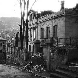 Mirza Ajanovic - My City of Ruins 92