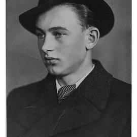 Andrzej Goszcz  - My daddy Anno Domini 1945.