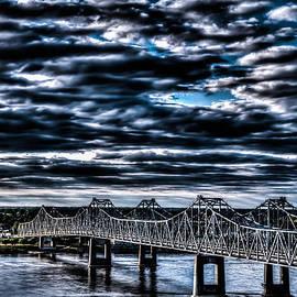 Stan  Smith - Natchez Bridge