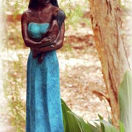 Kathleen Struckle - Native American Statue