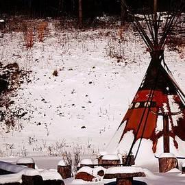 R A W M   - Native American Teepee