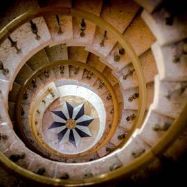 Karen Wiles - Nautilus Shell Staircase