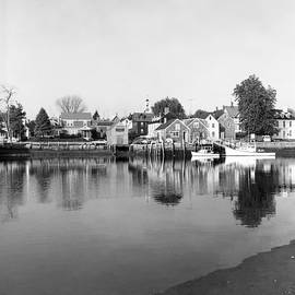 Henri Bersoux - New England Fishing Village