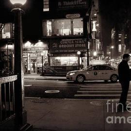 Miriam Danar - New York at Night - The Glow of the Street