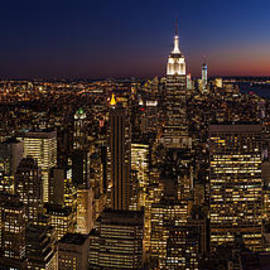 Mike Reid - New York City Skyline At Dusk