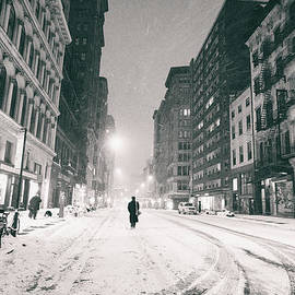 Vivienne Gucwa - New York City - Snow - Empty Streets at Night