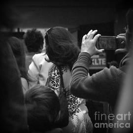 Miriam Danar - The Photographer