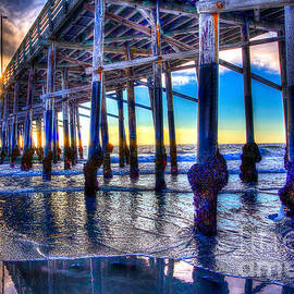 Jim Carrell - Newport Beach Pier - Low Tide