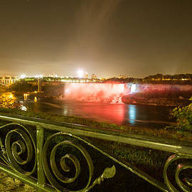 Nick Mares - Niagara Falls USA side