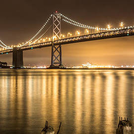 Suzanne Luft - Night Descending On The Bay Bridge