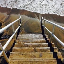 Kris Hiemstra - No Beach Access Today