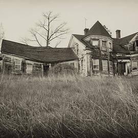 Rebecca Skinner - No One Home