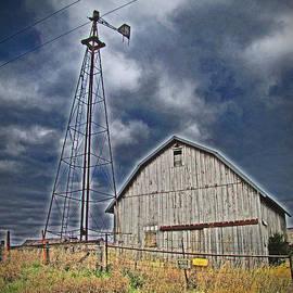 Minding My  Visions by Adri and Ray - No Trespassing Abandoned Barn