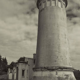 Cathy Anderson - North Head Lighthouse BW