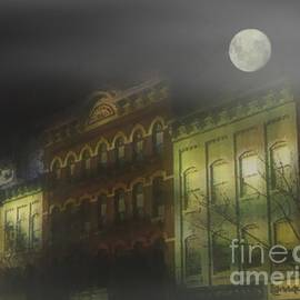 RC deWinter - Northampton by Moonlight