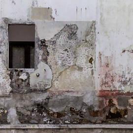 Kandy Hurley - Not So Modern Art