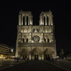 Marion Torres - Notre Dame Cathedral Paris