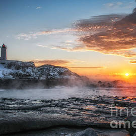 Scott Thorp - Nubble Lighthouse Sea Smoke Sunrise