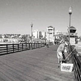 Glenn McCarthy Art and Photography - Oceanside From The Pier