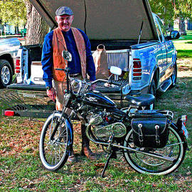 Joseph Coulombe - October 2013 Delta Whizzer Rally