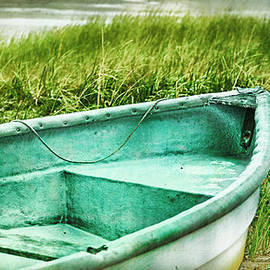 Marianne Campolongo - Old dinghy on the beach Cape Cod MA retro feel