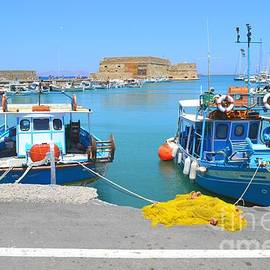 Ana Maria Edulescu - Old Harbor  And Koules The Venetian Medieval Fortress From Heraklion Crete Greece