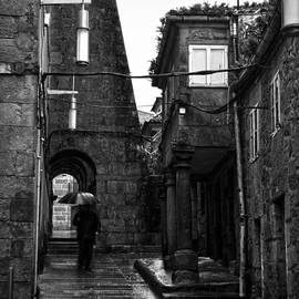RicardMN Photography - Old narrow street in Pontevedra BW