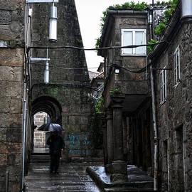 RicardMN Photography - Old narrow street in Pontevedra