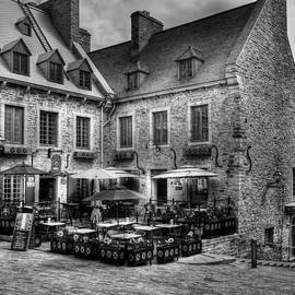 Mel Steinhauer - Old Quebec City bw