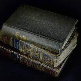 Geoffrey Coelho - Old Religious Books