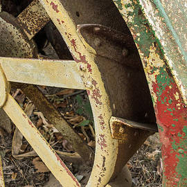 Photographic Arts And Design Studio - Old Rusty Tractor