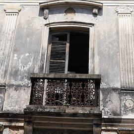 Richard Reeve - Old San Juan - Abandoned