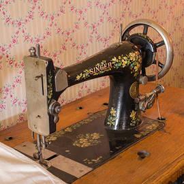 Allen Sheffield - Old Singer Sewing Machine