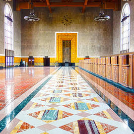 Pete Edmunds - Old Ticketing Hall - Union Station - Los Angeles - HDR