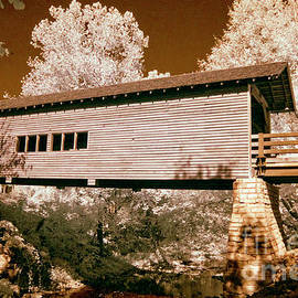 Paul W Faust -  Impressions of Light - Old time covered bridge