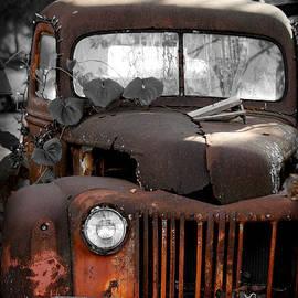 E B Schmidt - Old Truck 01