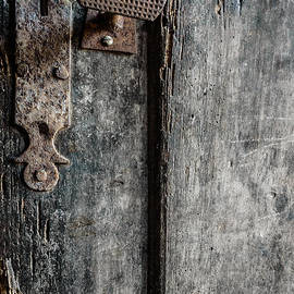 Marco Oliveira - Old Wooden Door