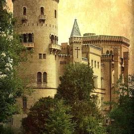 Carol Groenen - Old World Castle