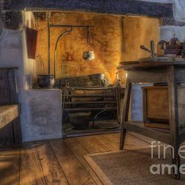 Ian Mitchell - Olde Kitchen