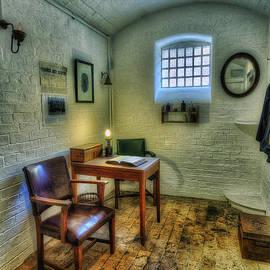 Ian Mitchell - Olde Office v2