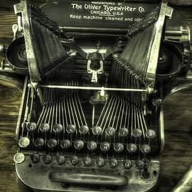 John Straton - Oliver Typewriter v1