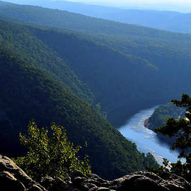 James Chesnick - View From Top of Mt Tammany